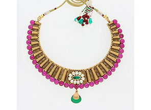 22K-antique-polish-gold-choker-with-garnets,-white-parabs-and-sManubhai-Jewellers