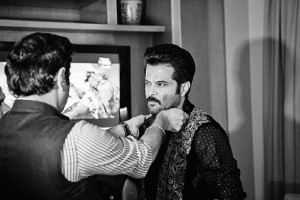 Raghavendra-Rathore-dressing-up-bollywood-actor-Anil-Kapoor
