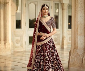 5 Sabyasachi Lehngas We Covet