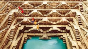 women in the stepwell