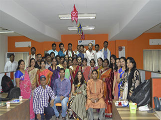 Team Mapmygenome celebrating Ethnic Day at work